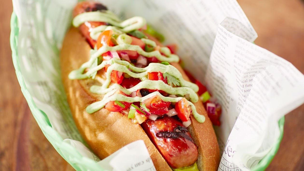 """""""Pepper"""" Hotdog met pico de gallo en guacamole"""